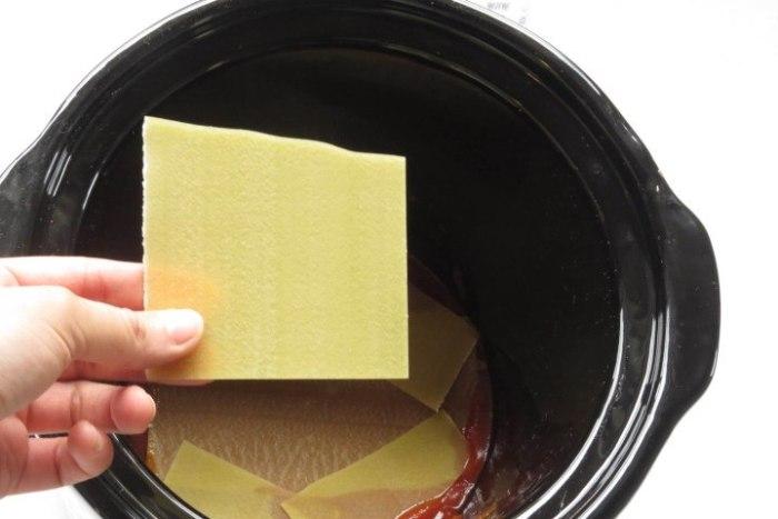 pasta en capas para hacer lasaña en olla lenta