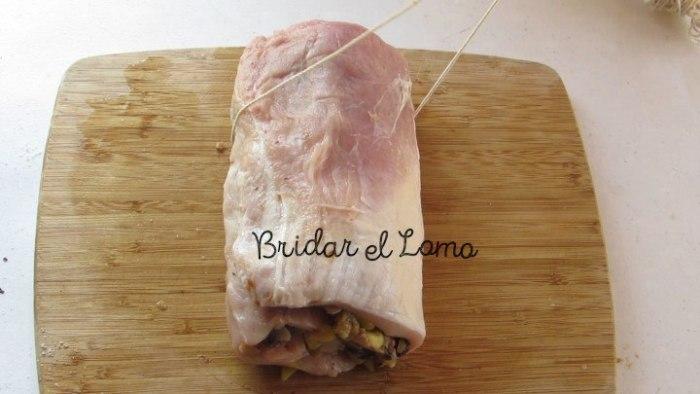 bridar el lomo de cerdo relleno