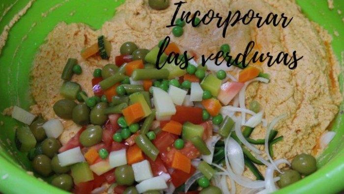 Cómo hacer el relleno de los tamales de verduras