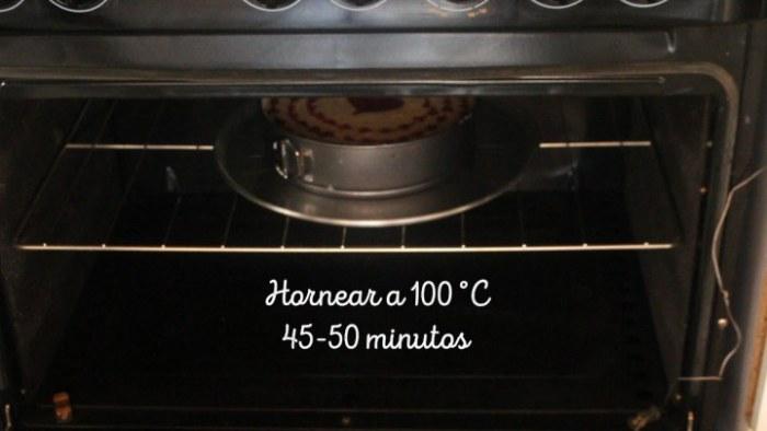 hornear cheesecake de frambuesa durante 45 minutos
