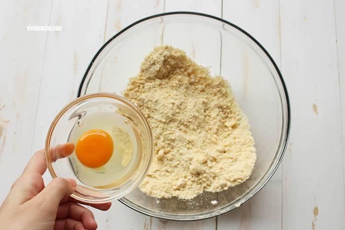 huevo para la masa de Quiche de Chorizo