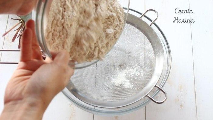 hacer la masa de la rosca de yogur