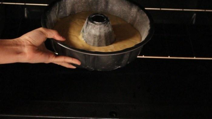 cocer en el horno la rosca de yogur