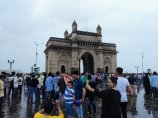 The Gateway of India lockt vor allem indische Touristen an.