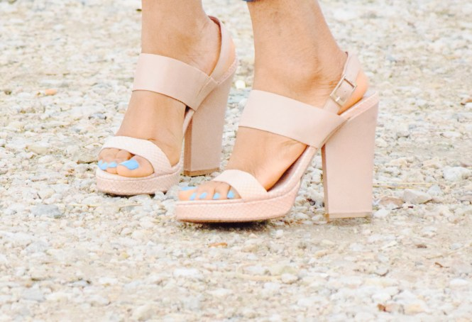 Vince Camuto powder pink sandals