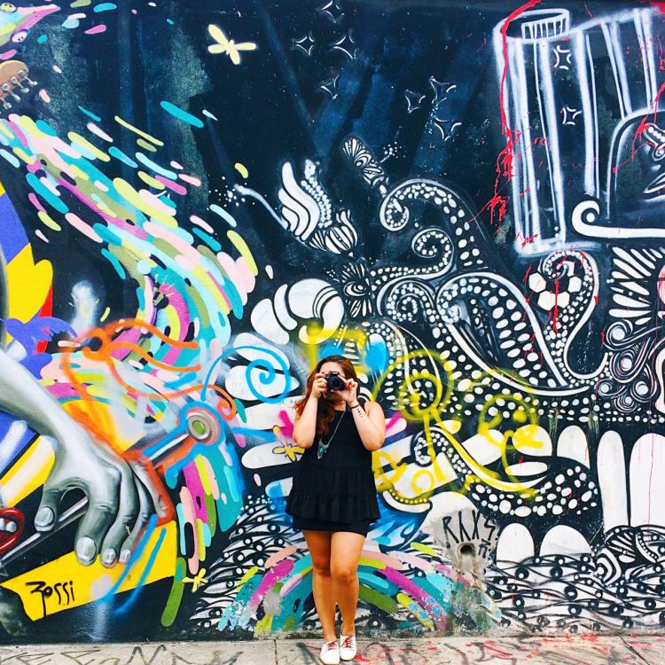 Beco do Batman- Vivendo Junto