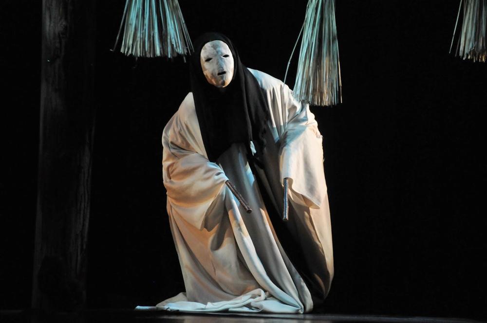 Hyakki Yumehina de Michika Iida, uma das expressões da cultura japonesa.