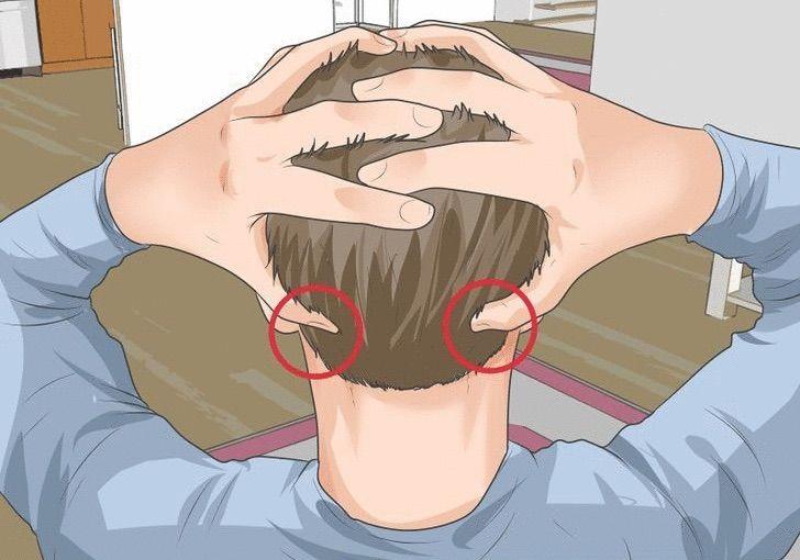 punto-4-mal-di-testa-digitopressione
