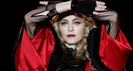 Madonna sends 100 thousand face cloths to prisons of the united States