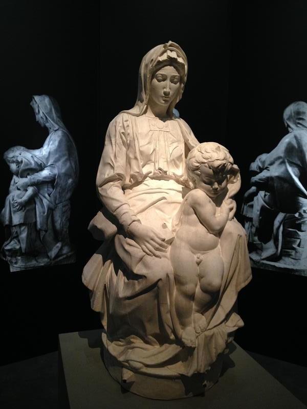 Madona e o filho - Galeria Academia