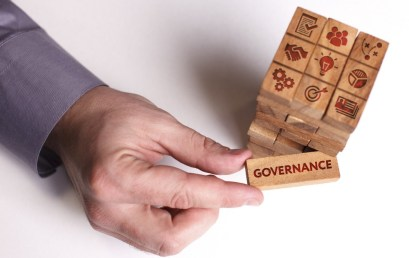 La Governance con Hyperledger Fabric : Un Male Necessario