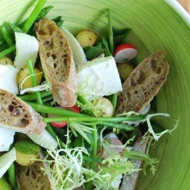 Salade met viVie, een beetje kaas & een beetje ricotta