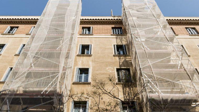 Barcelona lanza las ayudas a la rehabilitación que exigen a los propietarios que respeten el índice de referencia o si están vacíos los incluyan en la bolsa de alquiler