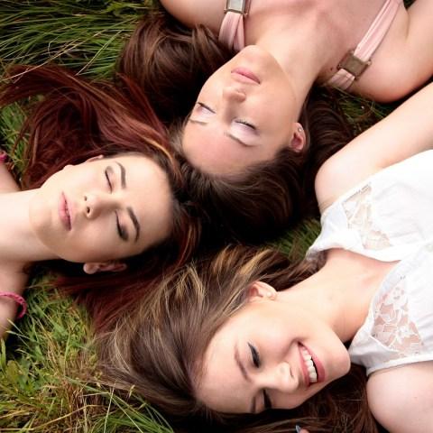 Salir-de-viaje-con-amigas-trae-grandes-beneficios-a-la-mente-y-el-cuerpo-ciencia-lo-explica 16/06/20