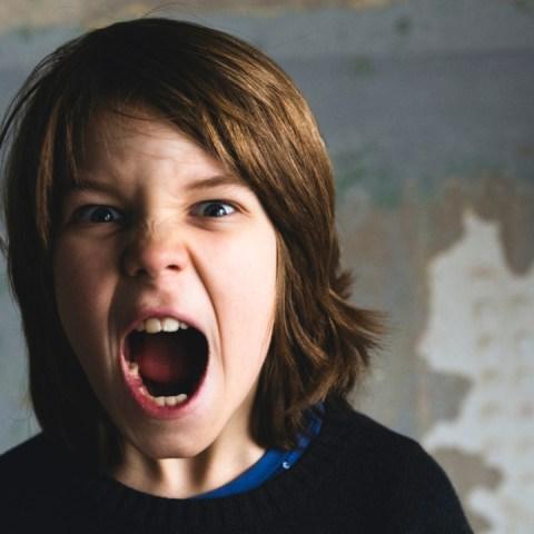 Si-tu-hijo-es-algo-agresivo-cuando-se-enoja-conoce-como-evitar-ese-tipo-de-conducta 14/07/20