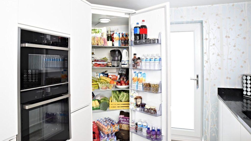 guardar-comida-envases-yogur-helado-hace-daño-refrigerador