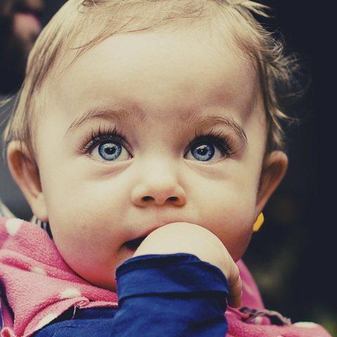 nombres de niña-bebe-tendencia-2021