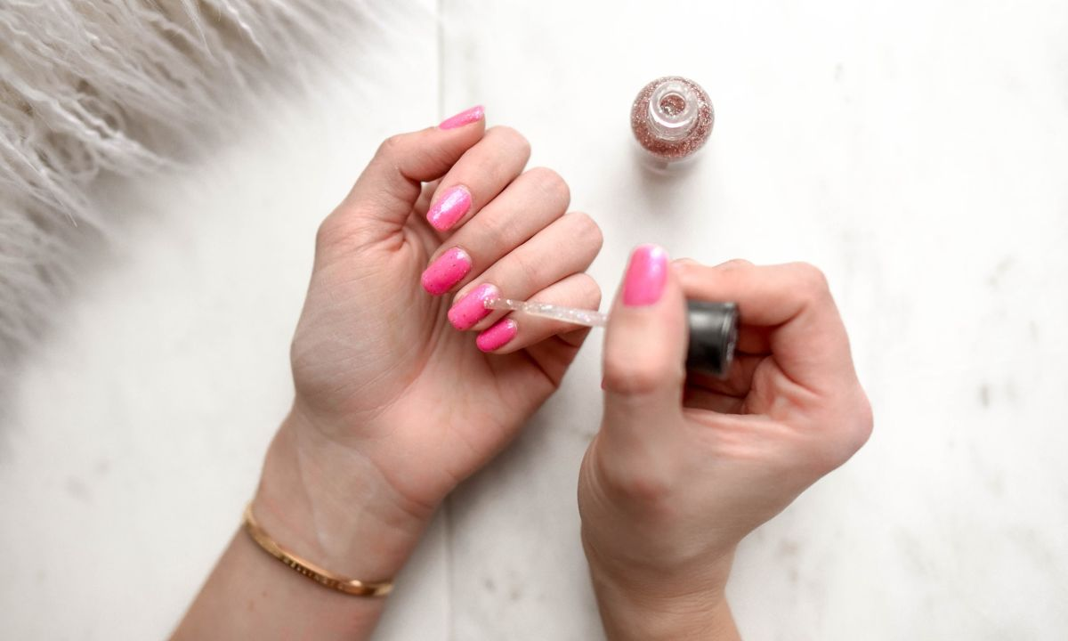 truco-esmalte-uñas-dure-mas-manicure