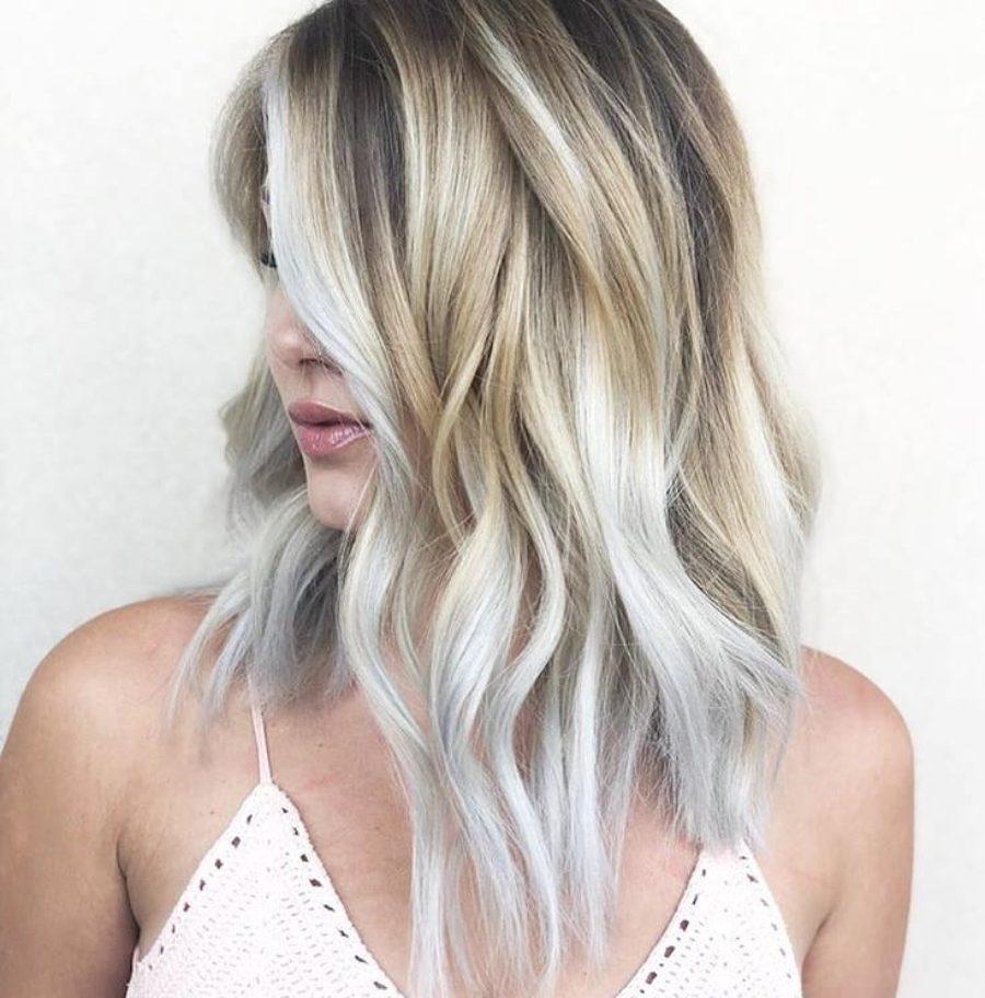 tonos de cabello para matizar las canas mujeres de 40
