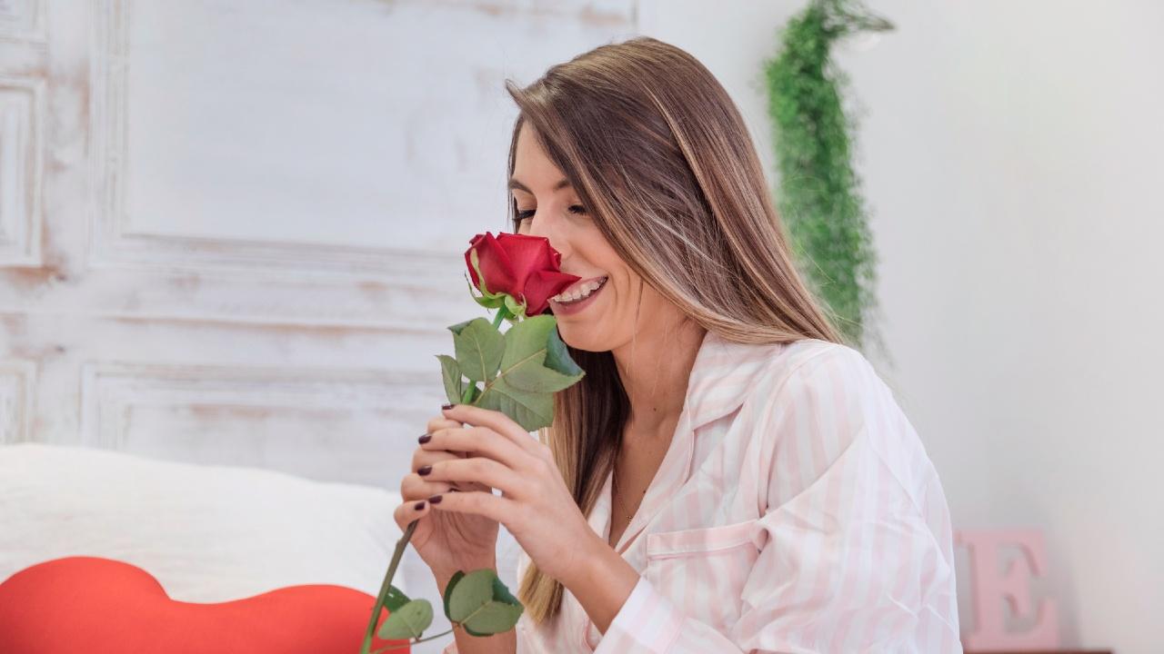olfato rosas covid-19