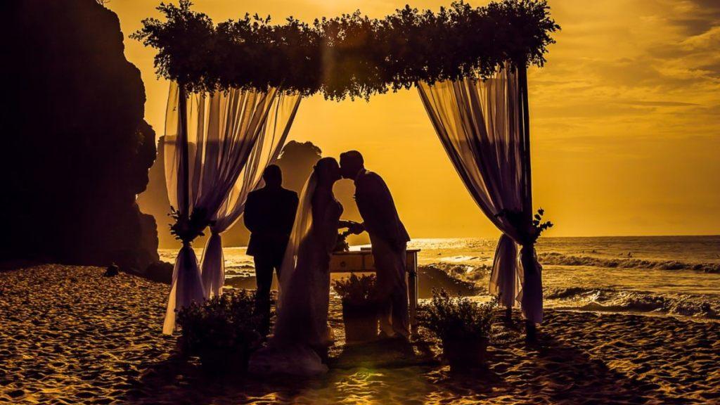 te casaste en la playa boda no es valida