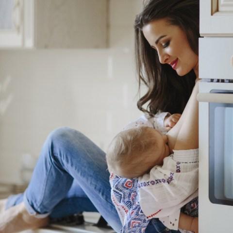 leche materna mamá e hijo