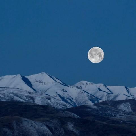 luna de nieve luna llena febrero 2021