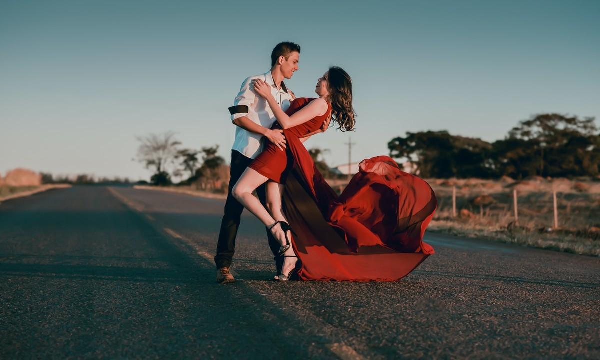estudio asegura que al estar enamorado aumenta la fertilidad pero disminuye la inteligencia