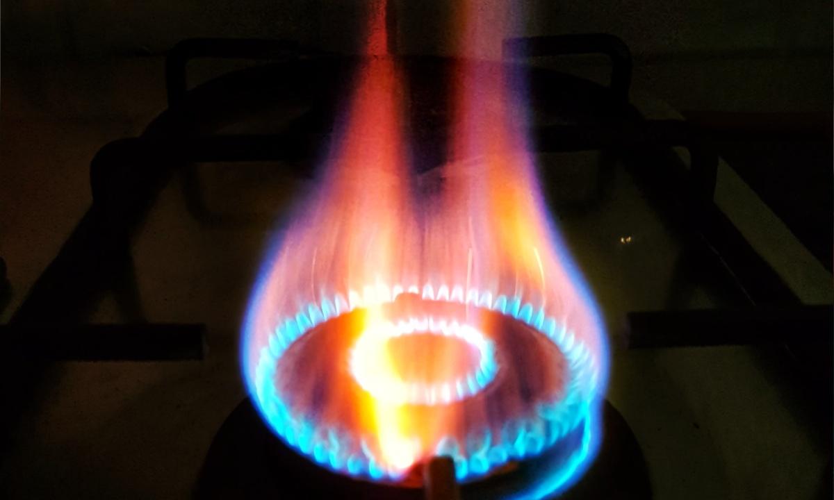 cuando la flama de la estufa se pone amarilla debes tomar medidas