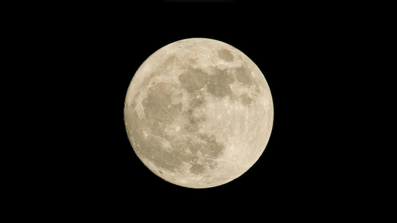 luna de gusanos 2021 significado cuando verla fenómeno astronómico 2021