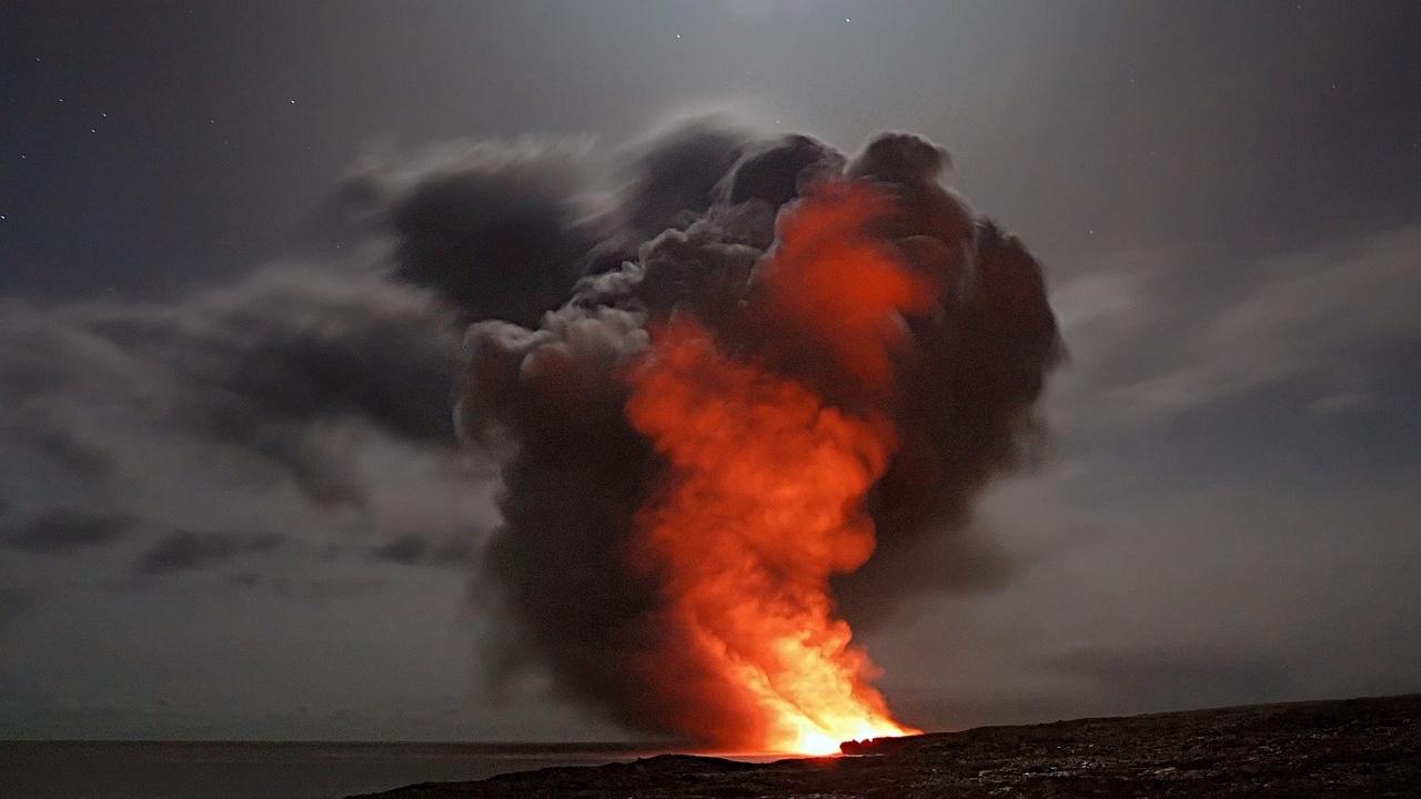 mhoni vidente predicciones mayo volcanes haciendo erupción