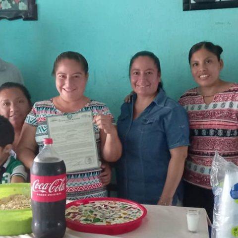 griselda cordova mujer divorciada celebra su divorcio con fiesta
