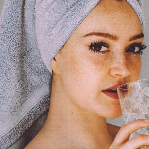 beneficios de beber clorofila líquida