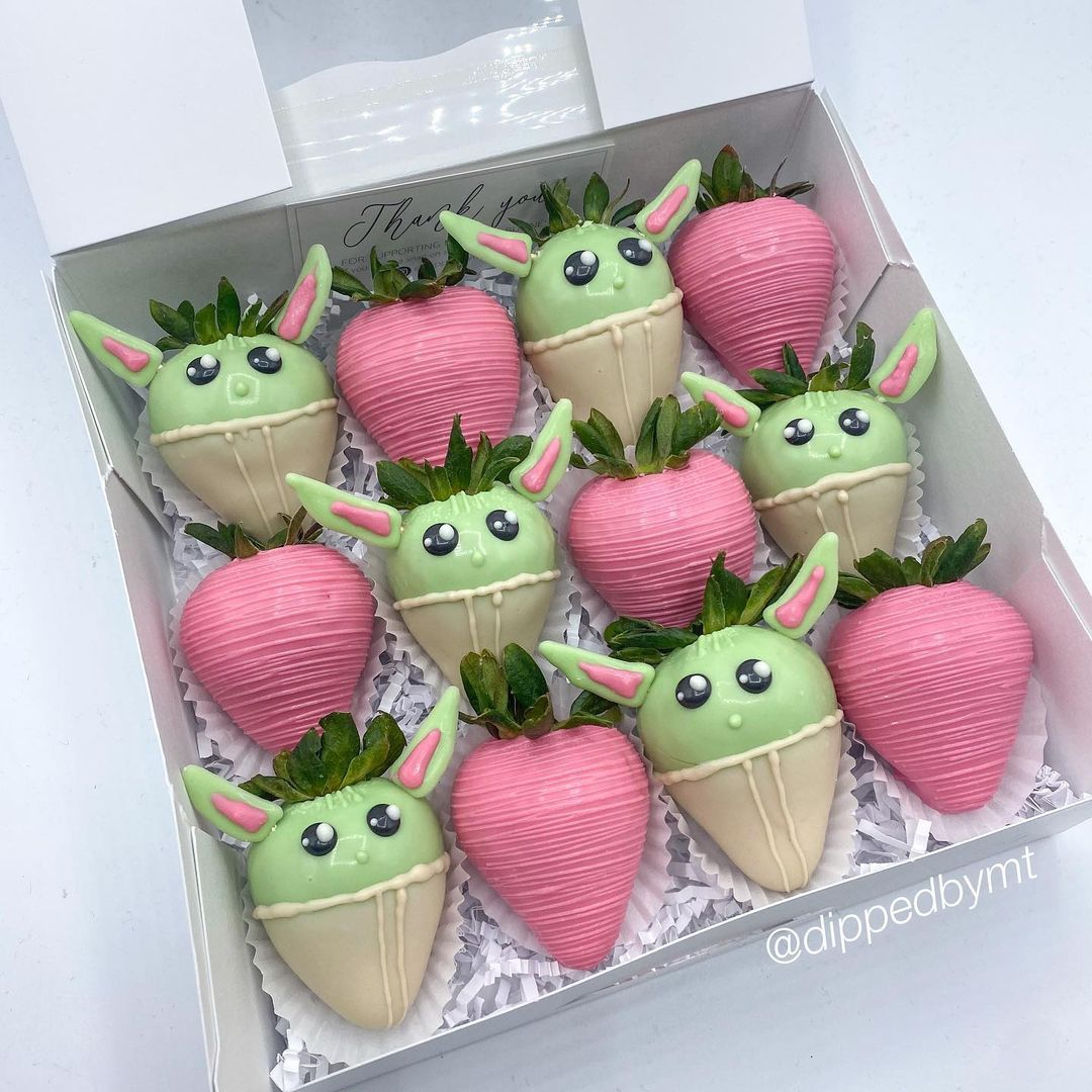 potres de baby yoda para 4 de mayo fresas cubiertas