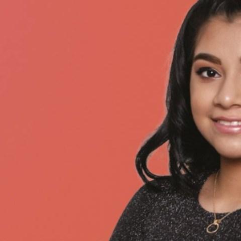 niña de 12 años apoyo a abuelitos a registrarse a vacuna covid-19