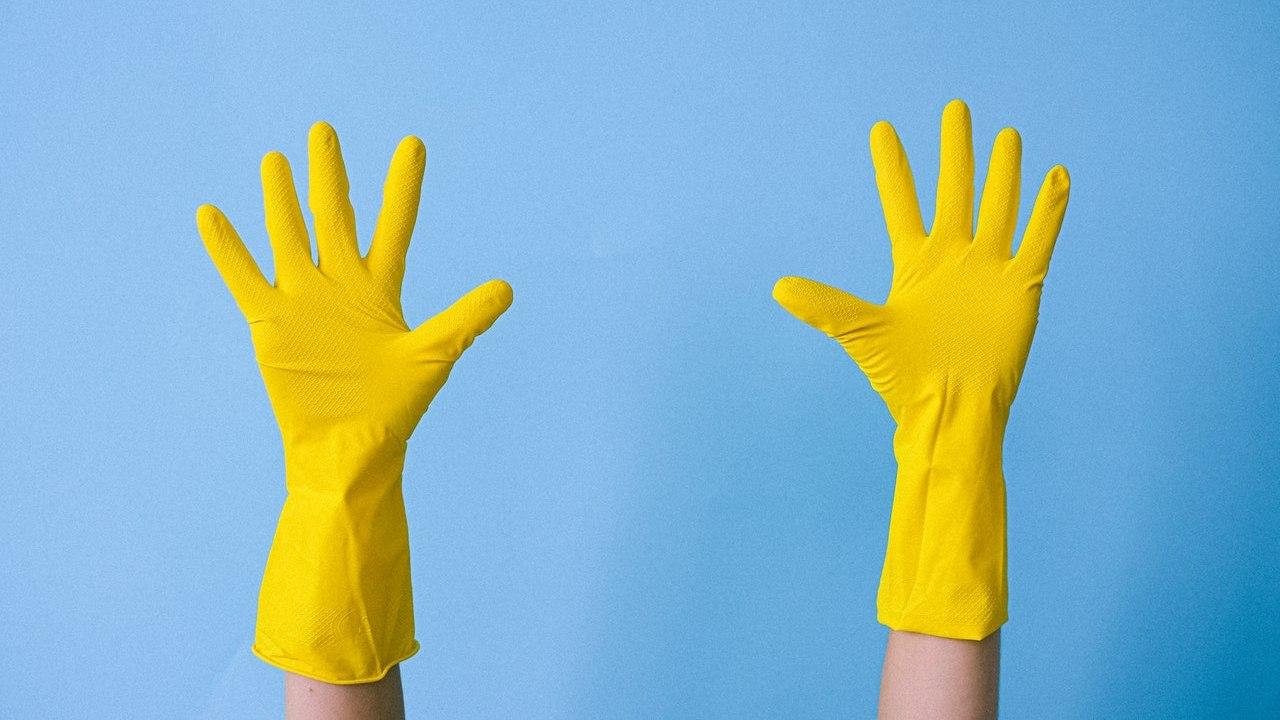 por que debes usar guantes cuando limpies con vinagre ácido acético