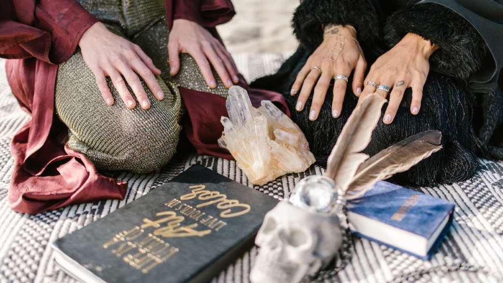 mejores días de la semana para rituales de abundancia