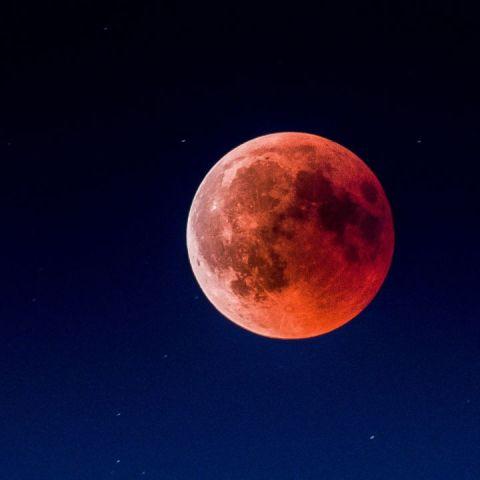 Cuándo ver la luna de sangre en octubre 2021