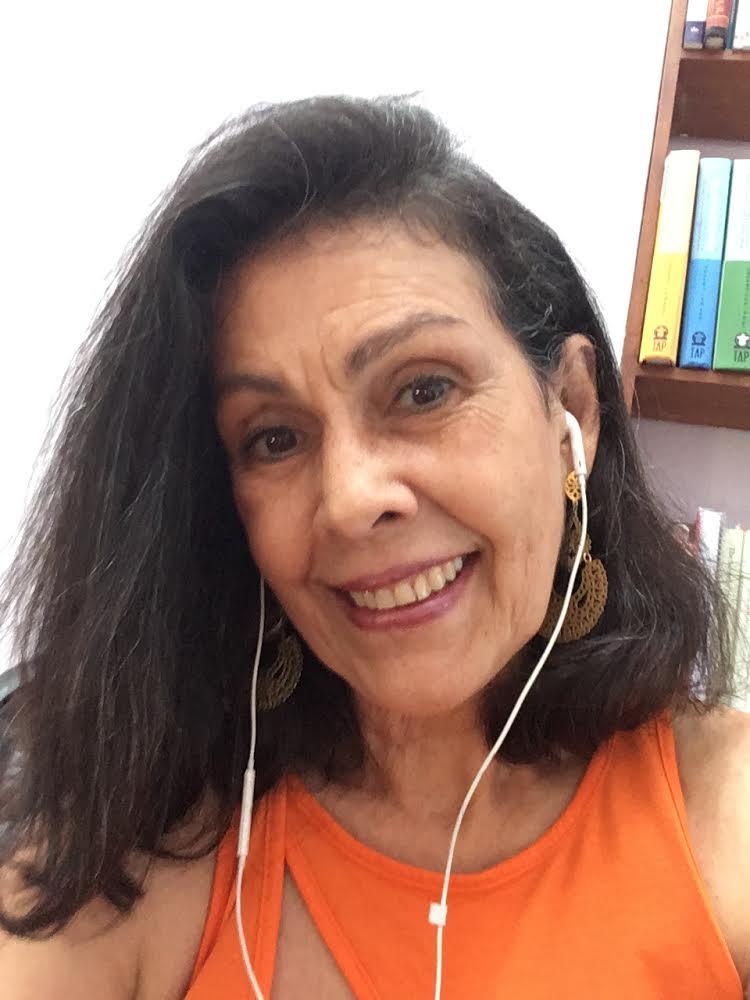 Mujeres que logran María-Luisa Chea Yoga Sangha