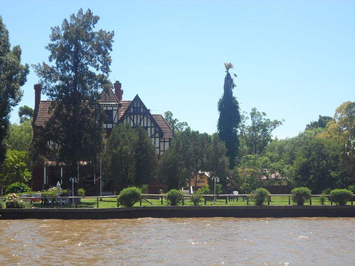 Tigre, a las afueras de Buenos Aires ¡un barrio precioso!