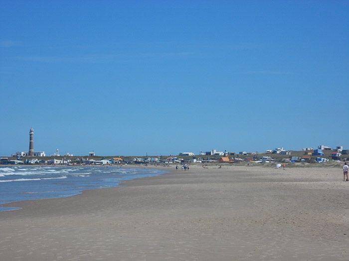 Imagen de Cabo Polonio desde la dunas