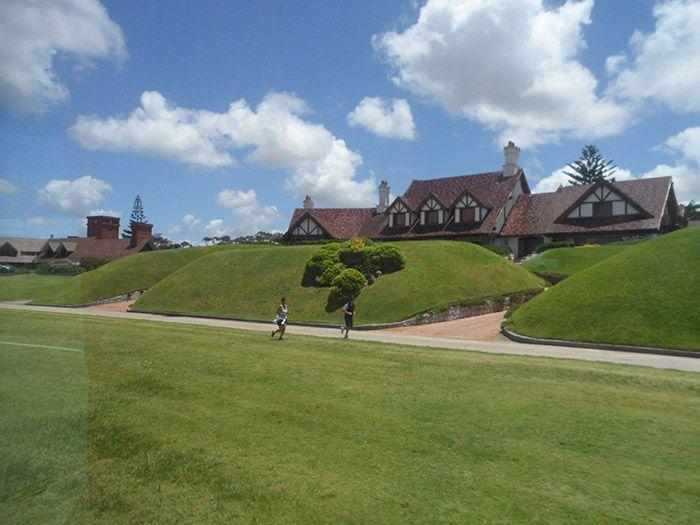 Mansionacas en las afueras de Punta del Este