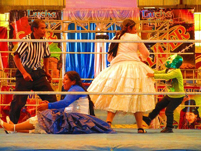 Cholitas Wrestling, otro atractivo turístico de La Paz