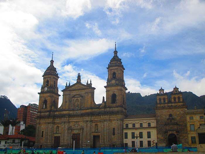 Plaza Bolívar, lugar de inicio del tour