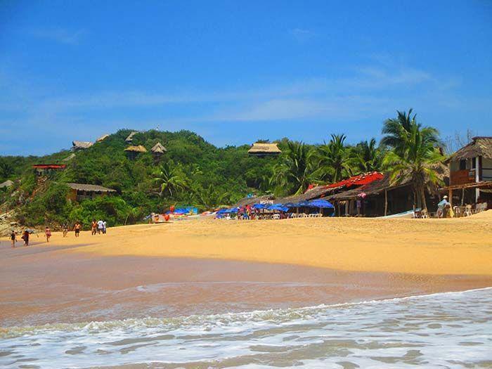 Playa de Mazunte, cerca de Puerto Escondido
