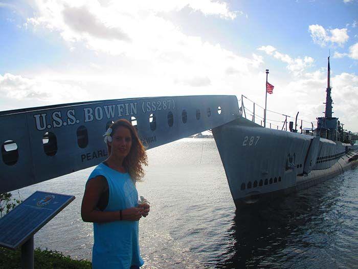 Para ver el submarino Bowfin hay que pagar 12 dólares. :-(