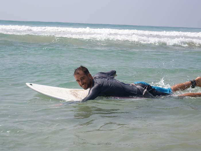 Surf para principiantes en Weligama
