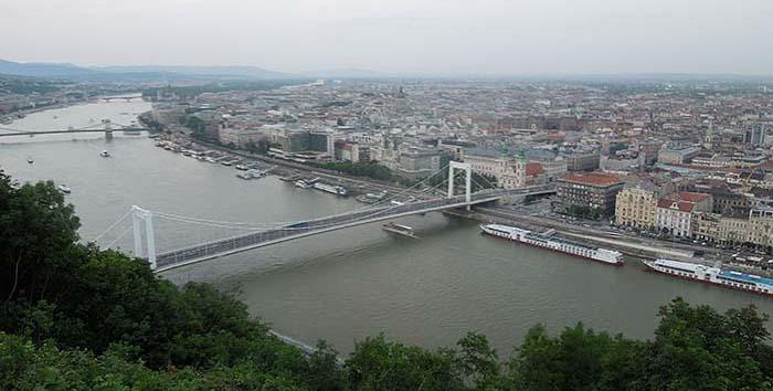 Vistas Budapest desde la Ciudadela