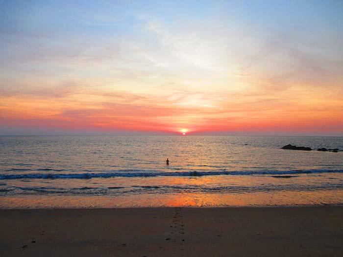 Koh Phra Thong (367) Golden Budha Beach Sunset