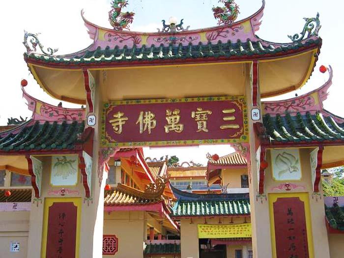 """Conocer el """"Sam Poh Temple"""" de Bringchang dedicado a Zheng Ho"""